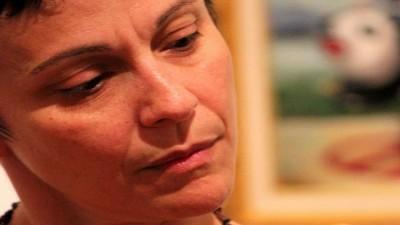 Σχολιασμός της καθημερινότητας και κάποιες θεματικές εκπομπές σερβιρισμένες με αγαπημένες μουσικές επιλογές από τη Μαριανέλλα Κλώκα.