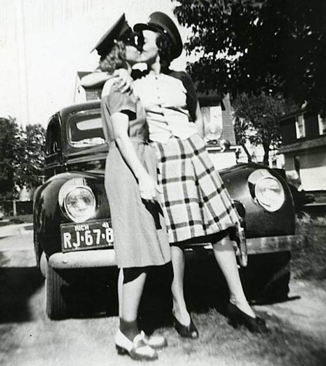 vintage-lesbian-couples-18